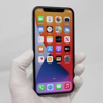 iPhone X-18965917AD