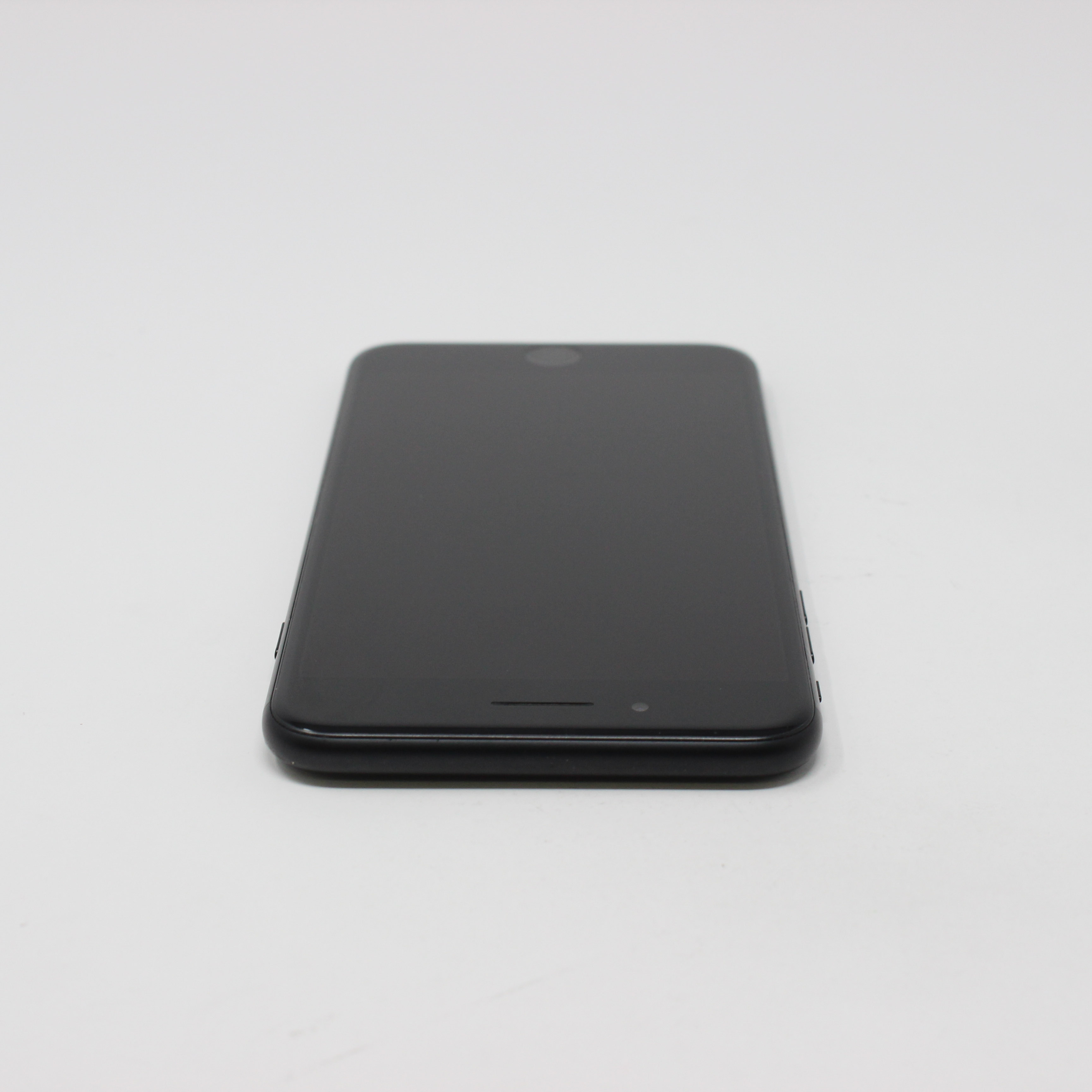 iPhone 7 Plus 128GB Black - Verizon photo 4 | UpTradeit.com