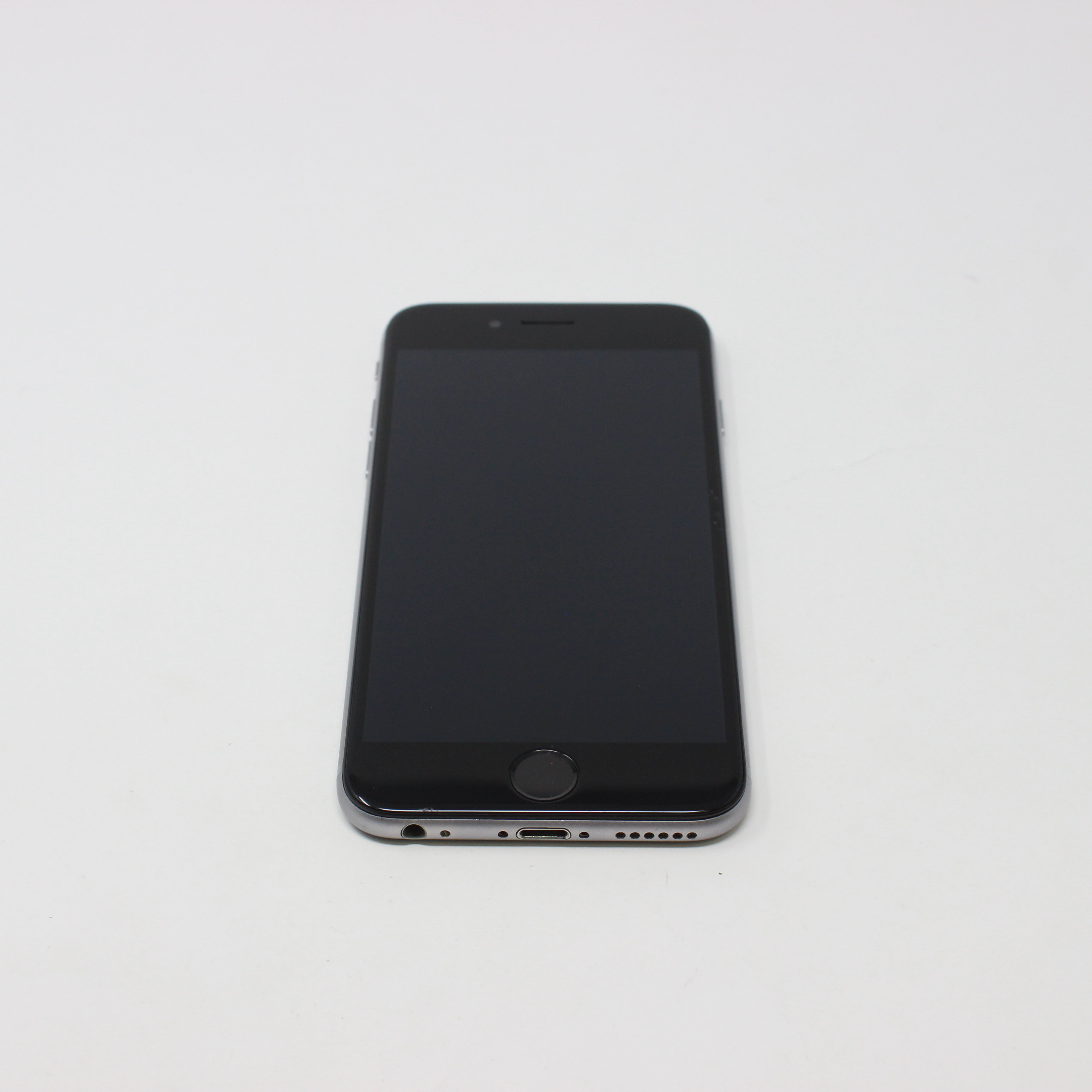 iPhone 6 16GB Space Gray - AT&T front display on | UpTradeit.com
