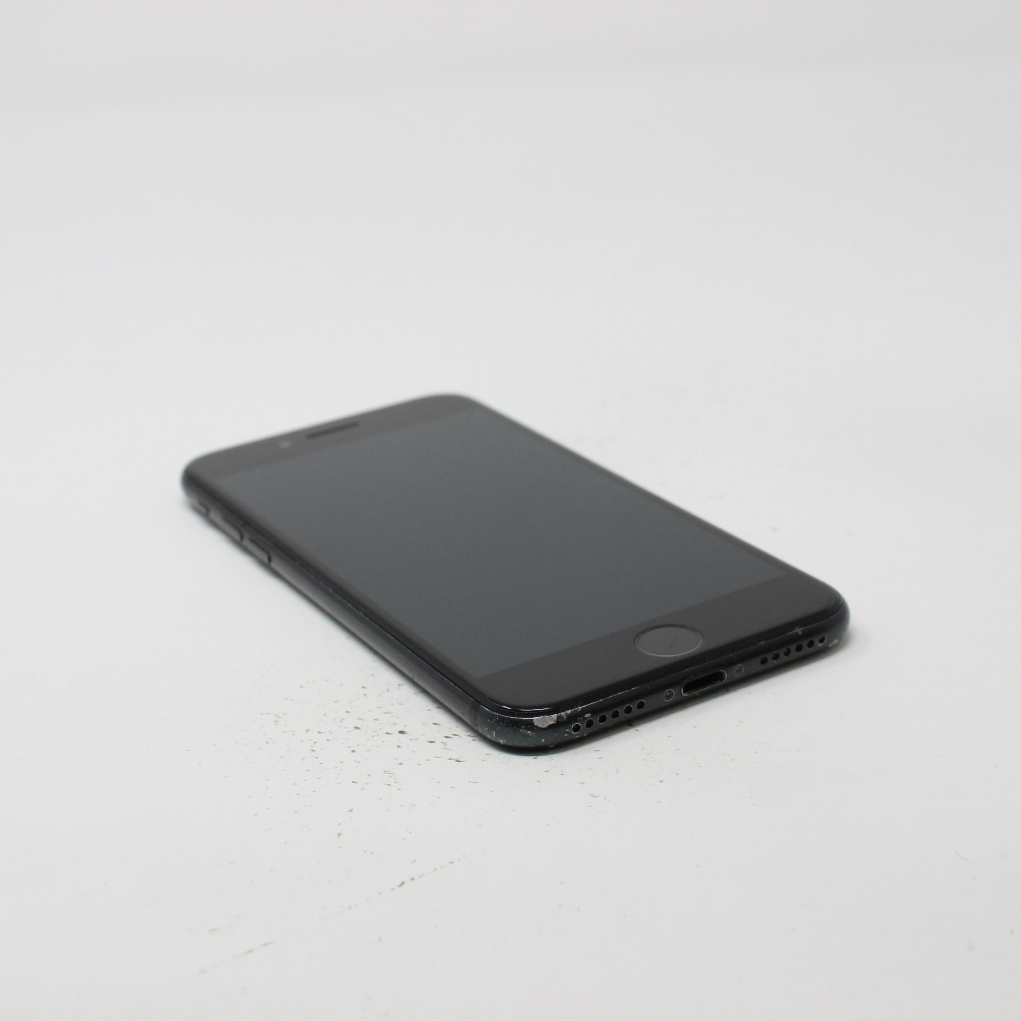 iPhone 7 128GB Black - Unlocked photo 5 | UpTradeit.com
