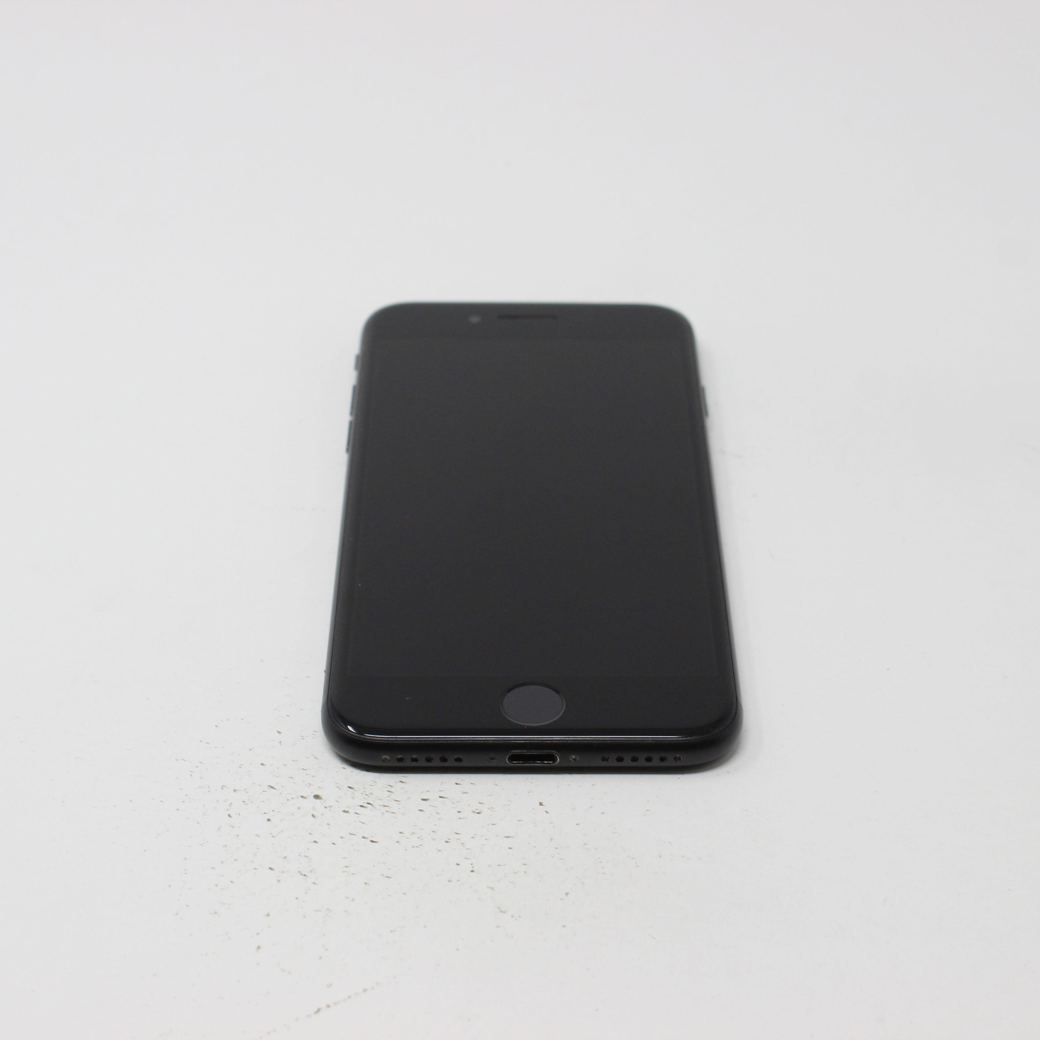 iPhone 7 32GB Black - AT&T photo 2 | UpTradeit.com
