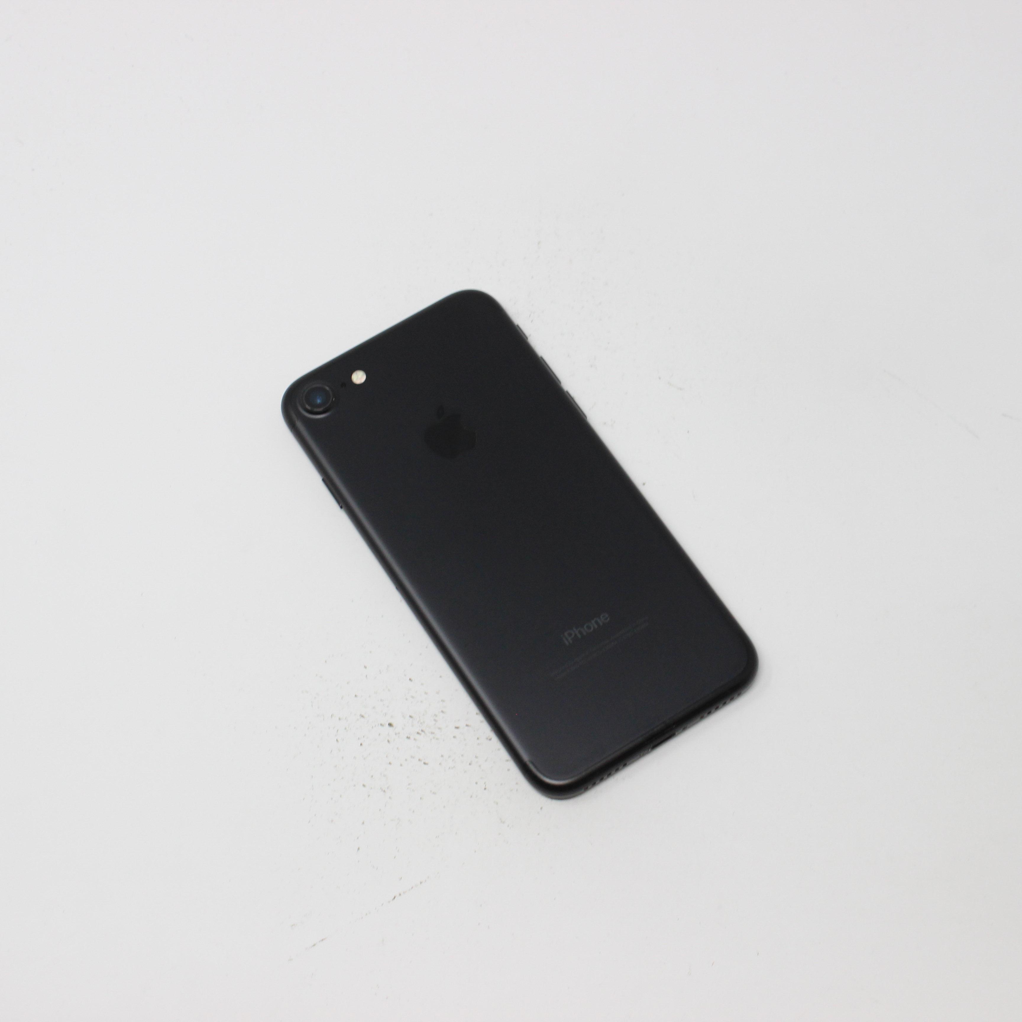 iPhone 7 32GB Black - AT&T photo 3 | UpTradeit.com