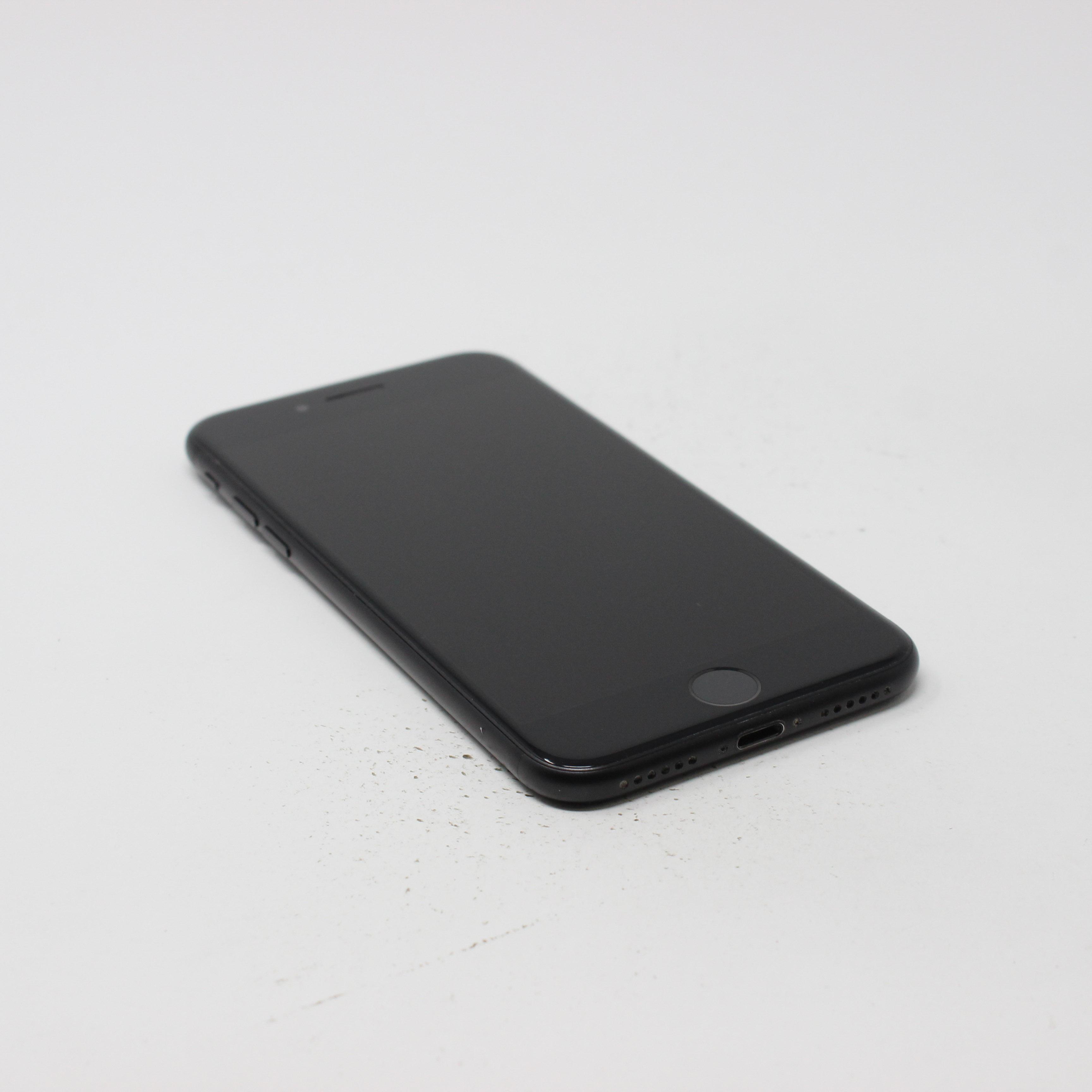iPhone 7 32GB Black - AT&T photo 5 | UpTradeit.com