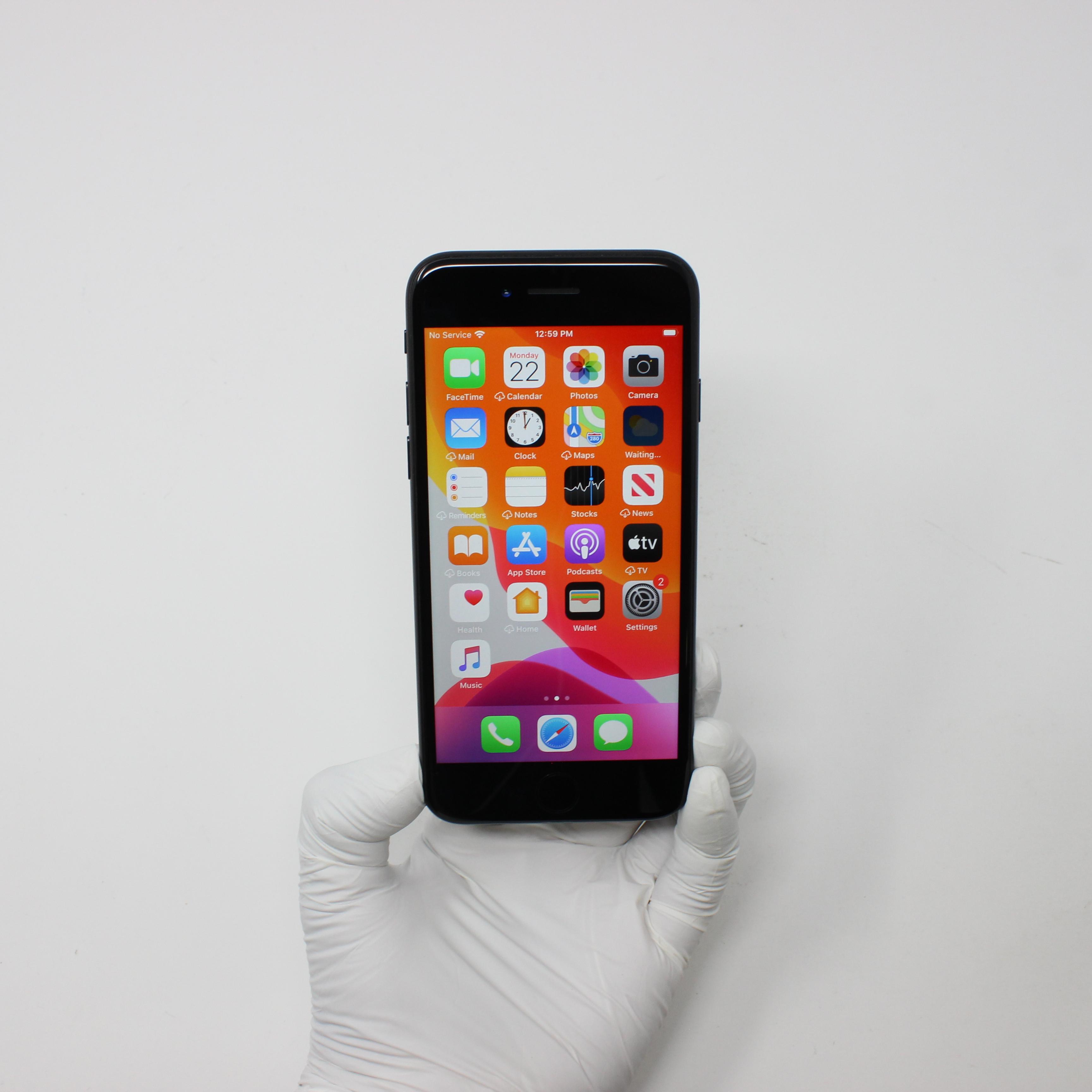 iPhone 7 32GB Black - T-Mobile front display on | UpTradeit.com