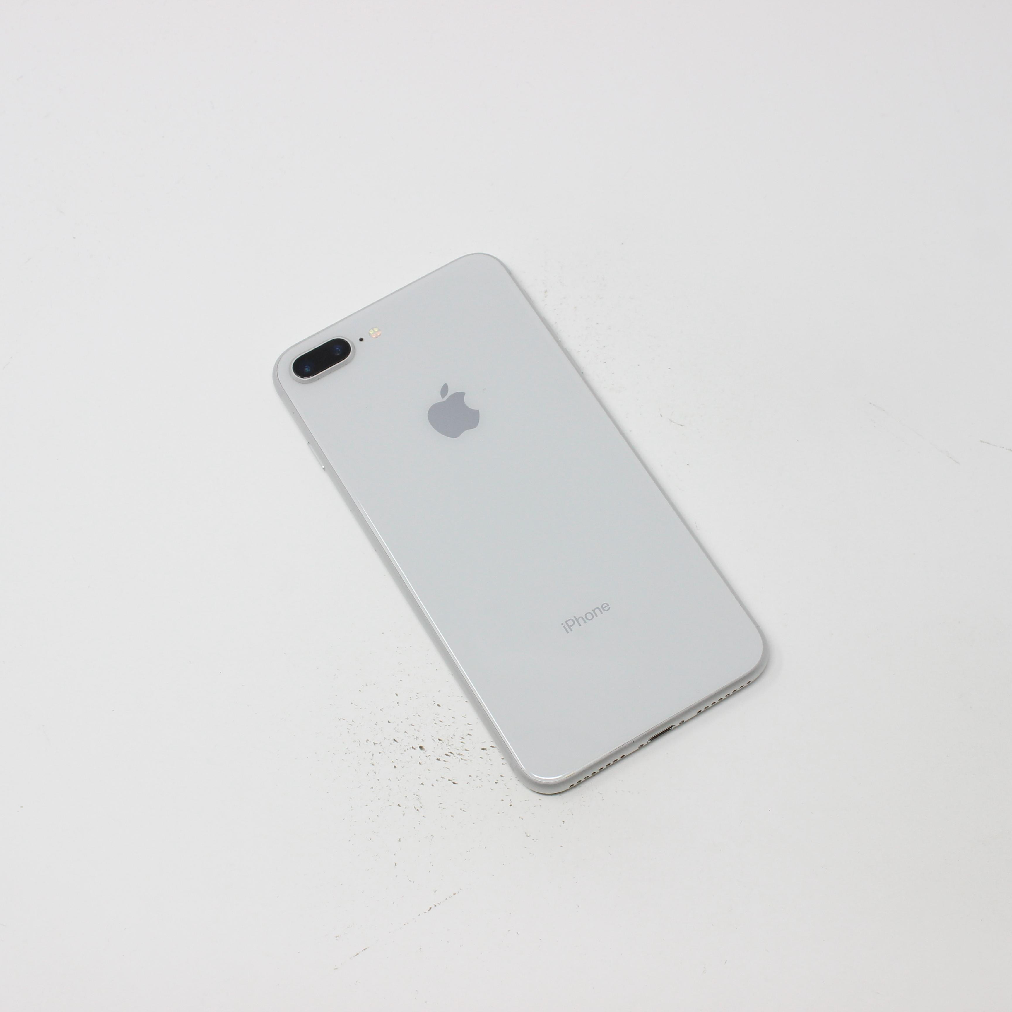 iPhone 8 Plus 64GB Silver - Verizon photo 3   UpTradeit.com