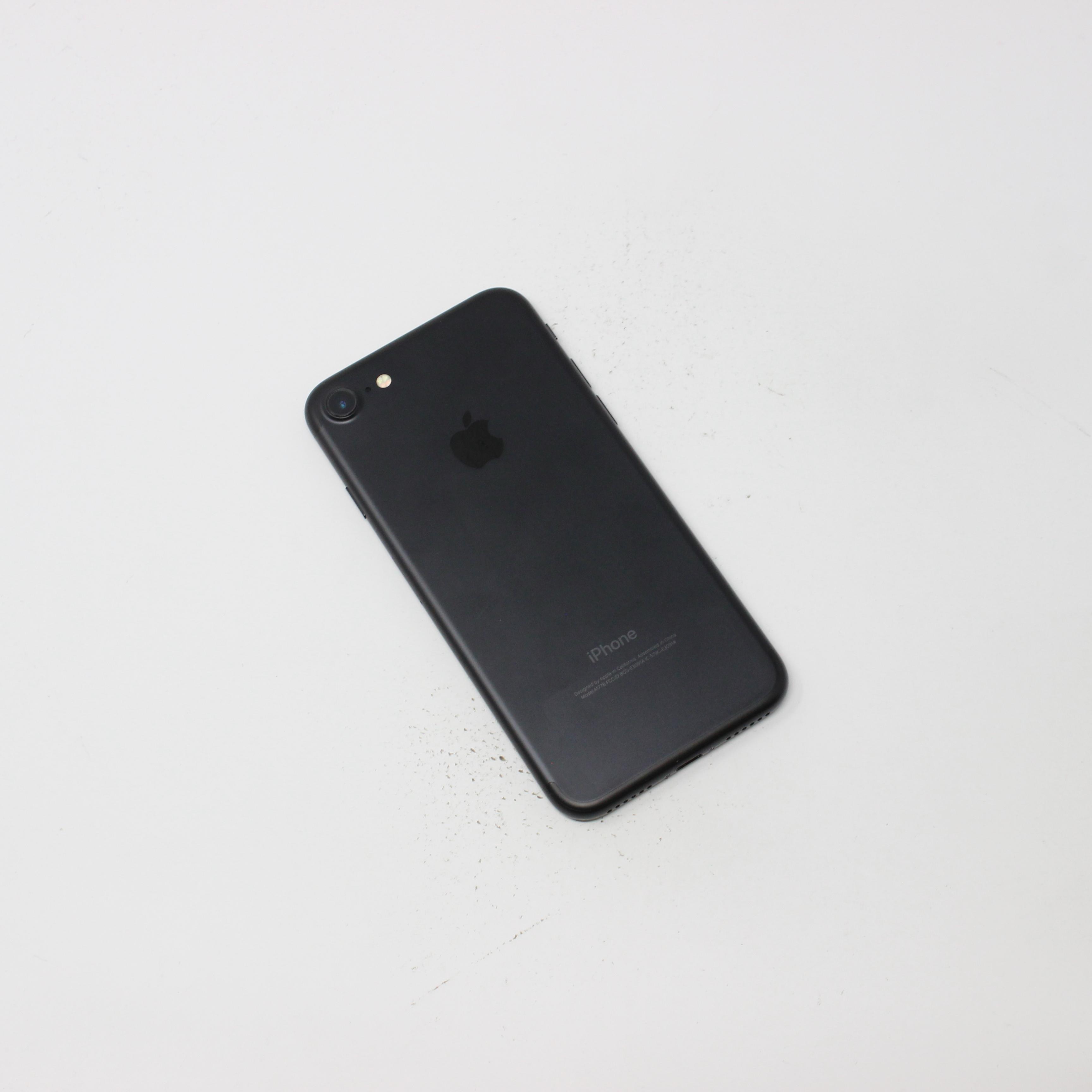 iPhone 7 32GB Black - T-Mobile photo 3 | UpTradeit.com
