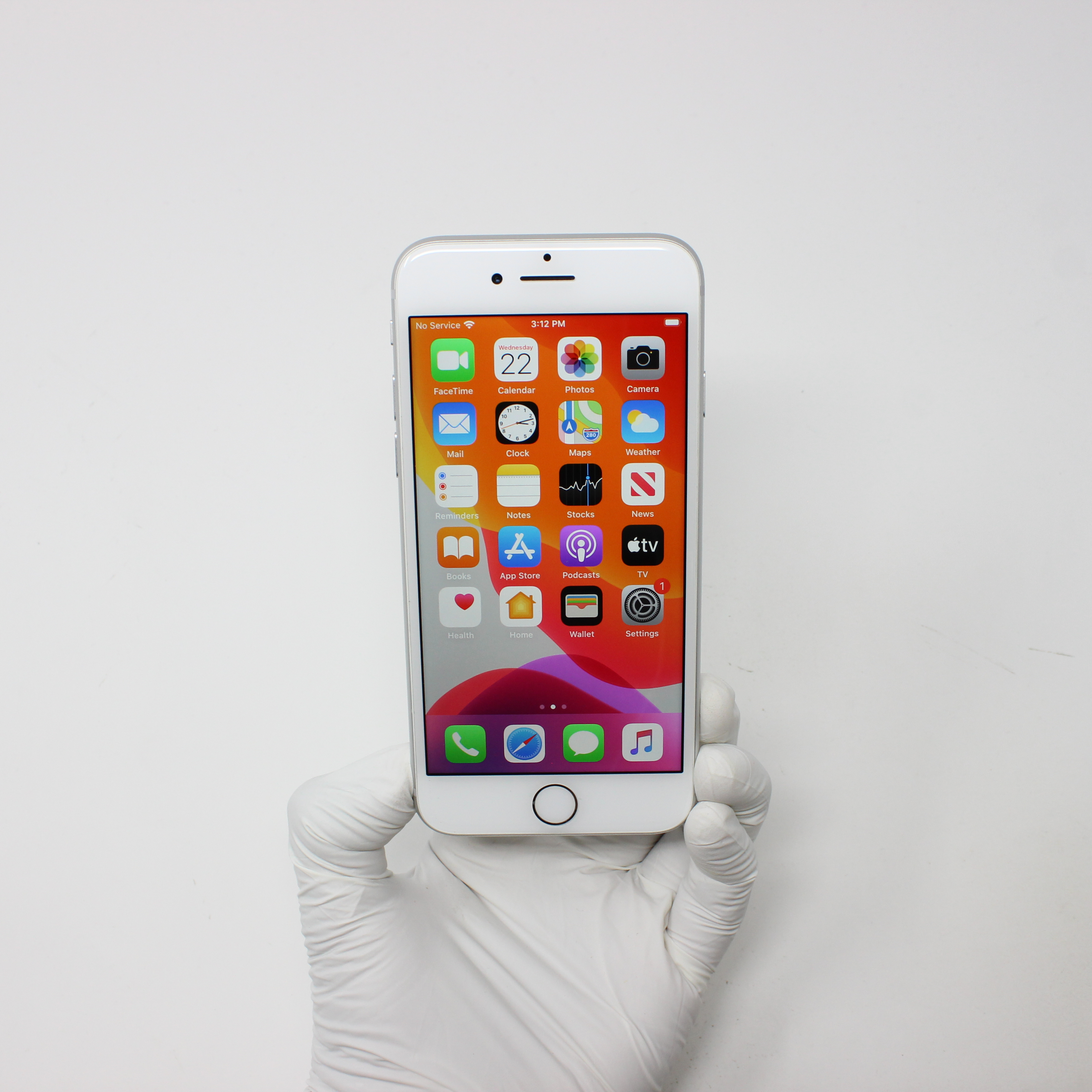 iPhone 8 64GB Silver - AT&T front display on   UpTradeit.com
