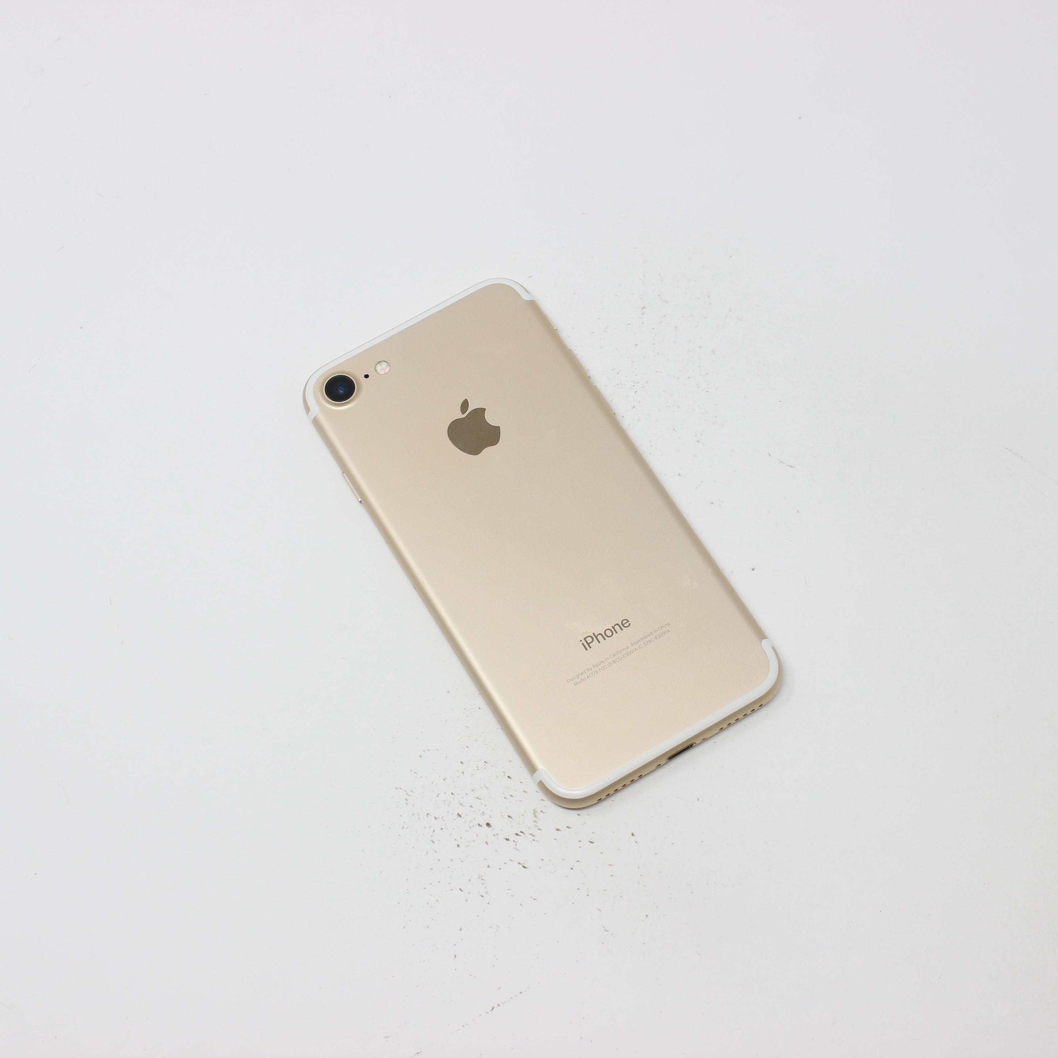 iPhone 7 32GB Gold - Unlocked photo 3 | UpTradeit.com