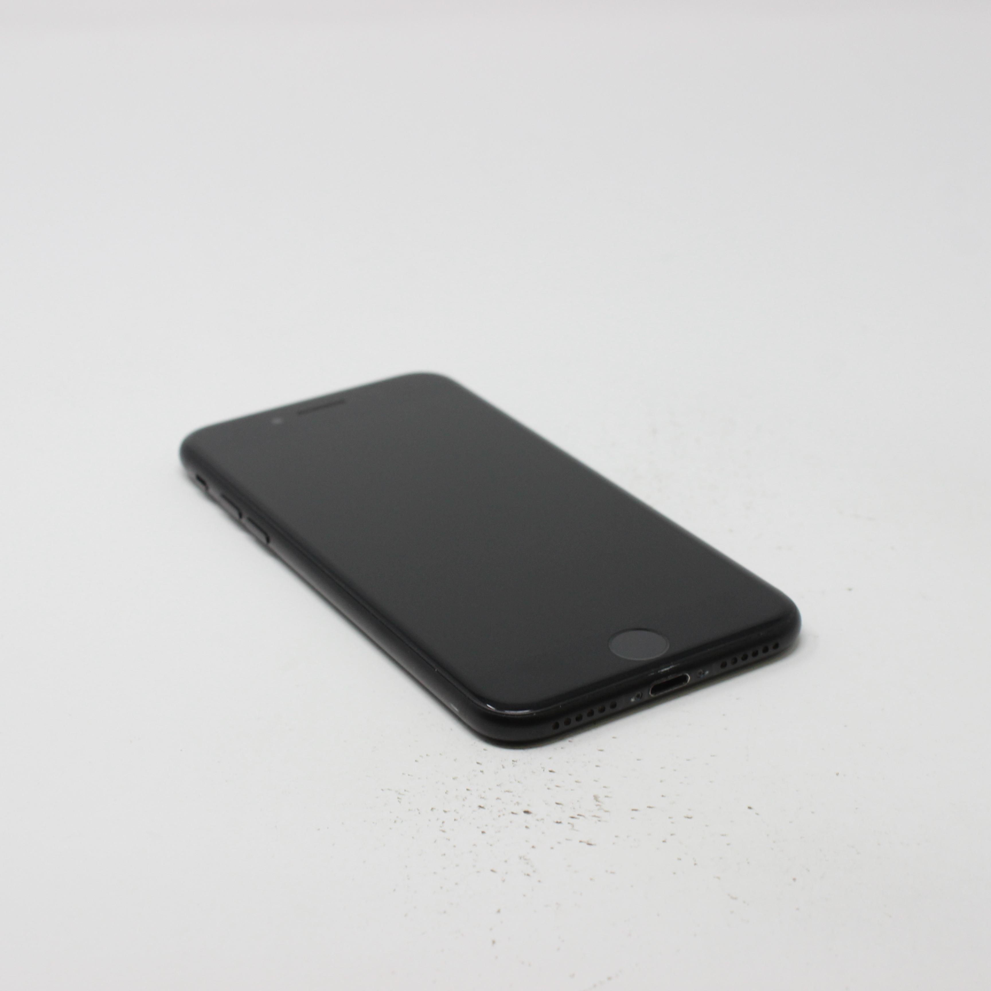 iPhone 7 128GB Black - Unlocked photo 5   UpTradeit.com