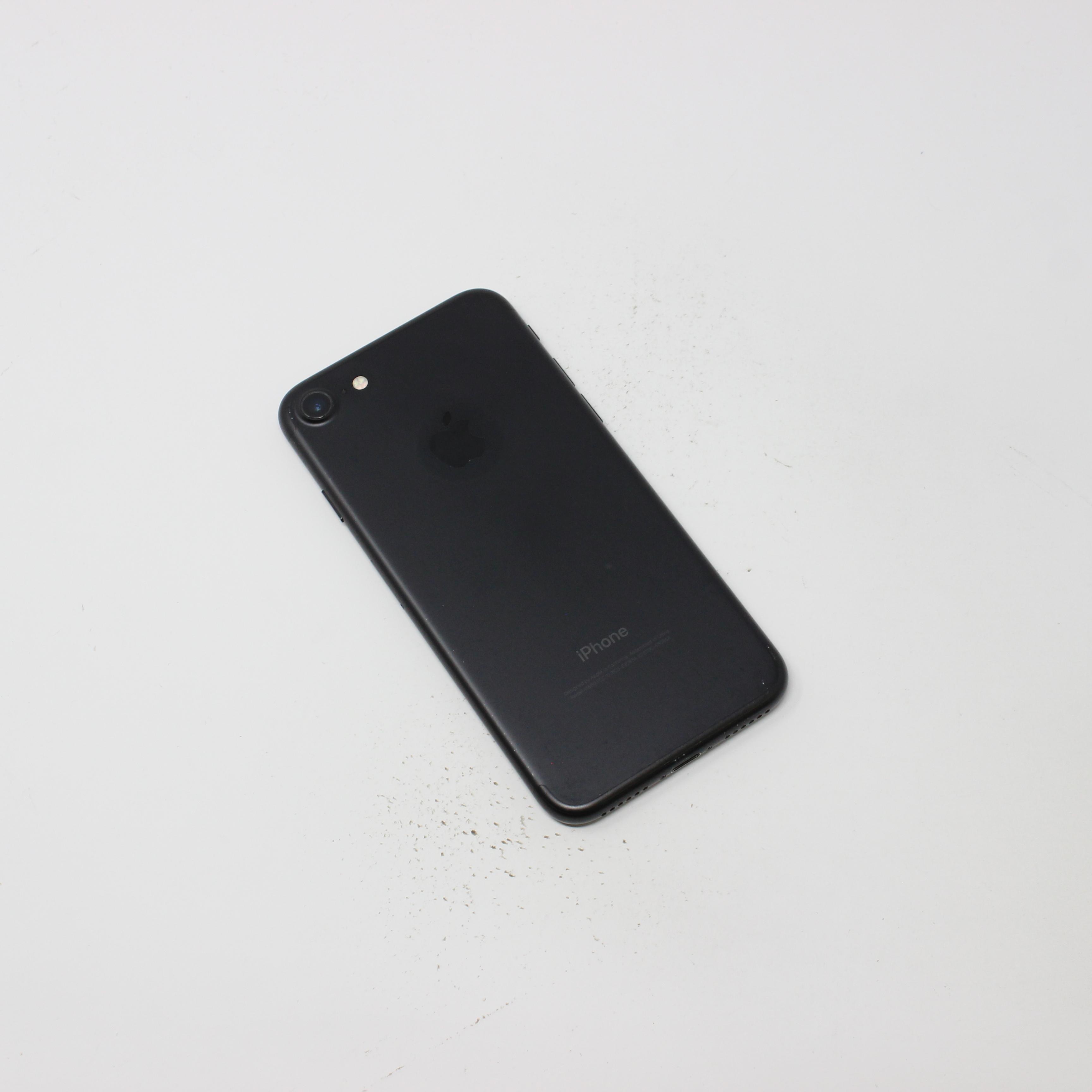iPhone 7 128GB Black - Unlocked photo 3   UpTradeit.com