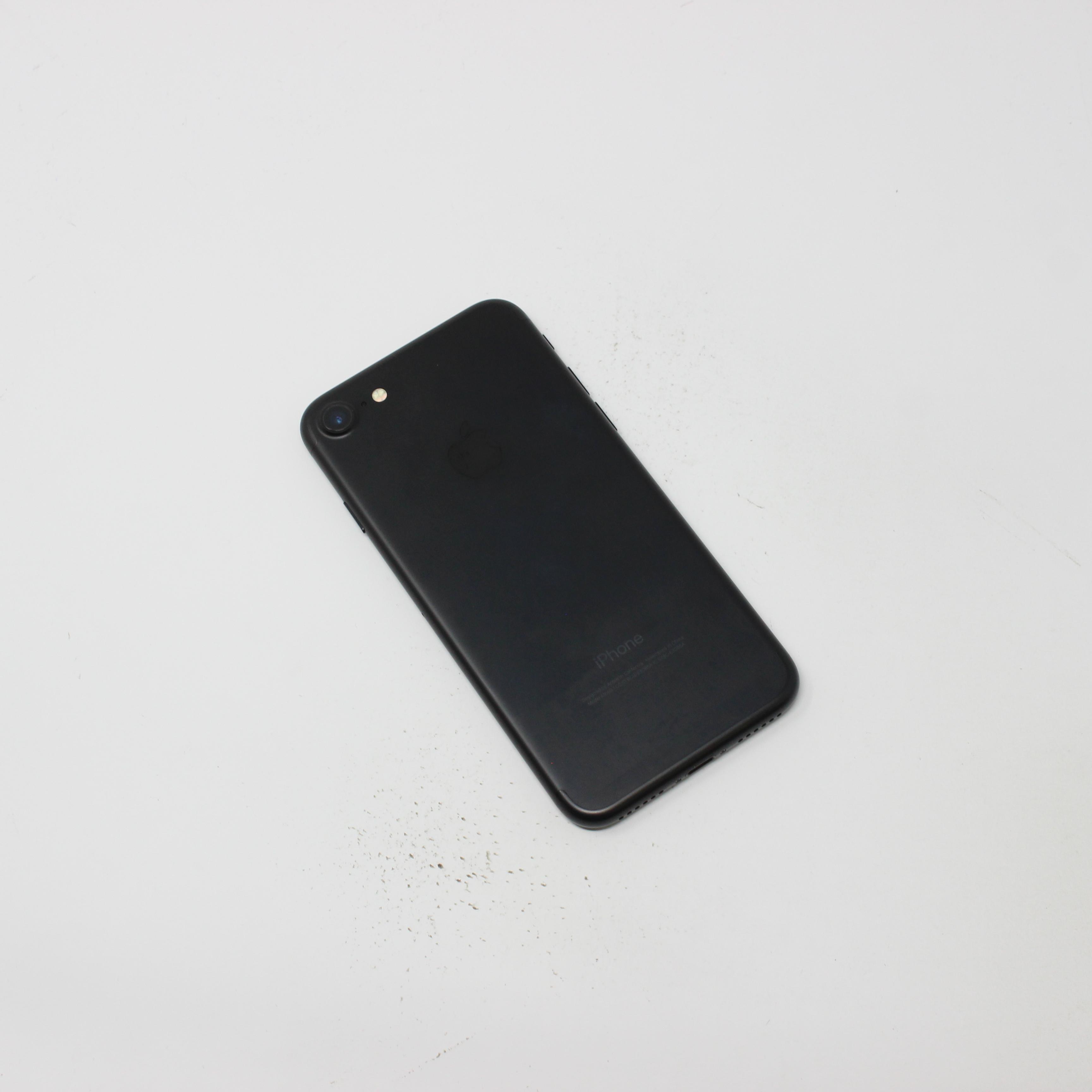 iPhone 7 32GB Black - Verizon photo 3 | UpTradeit.com