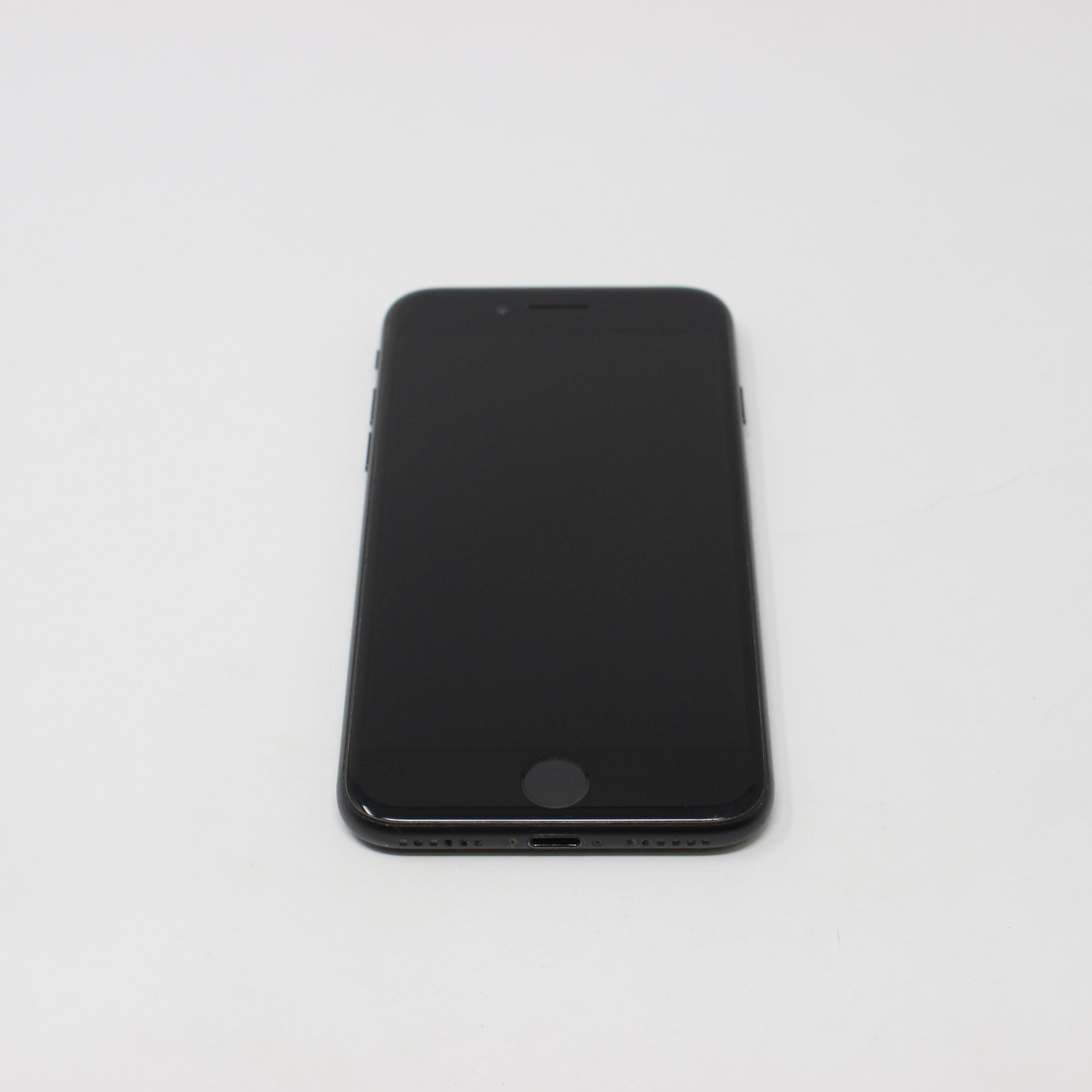 iPhone 7 32GB Black - Unlocked photo 2 | UpTradeit.com