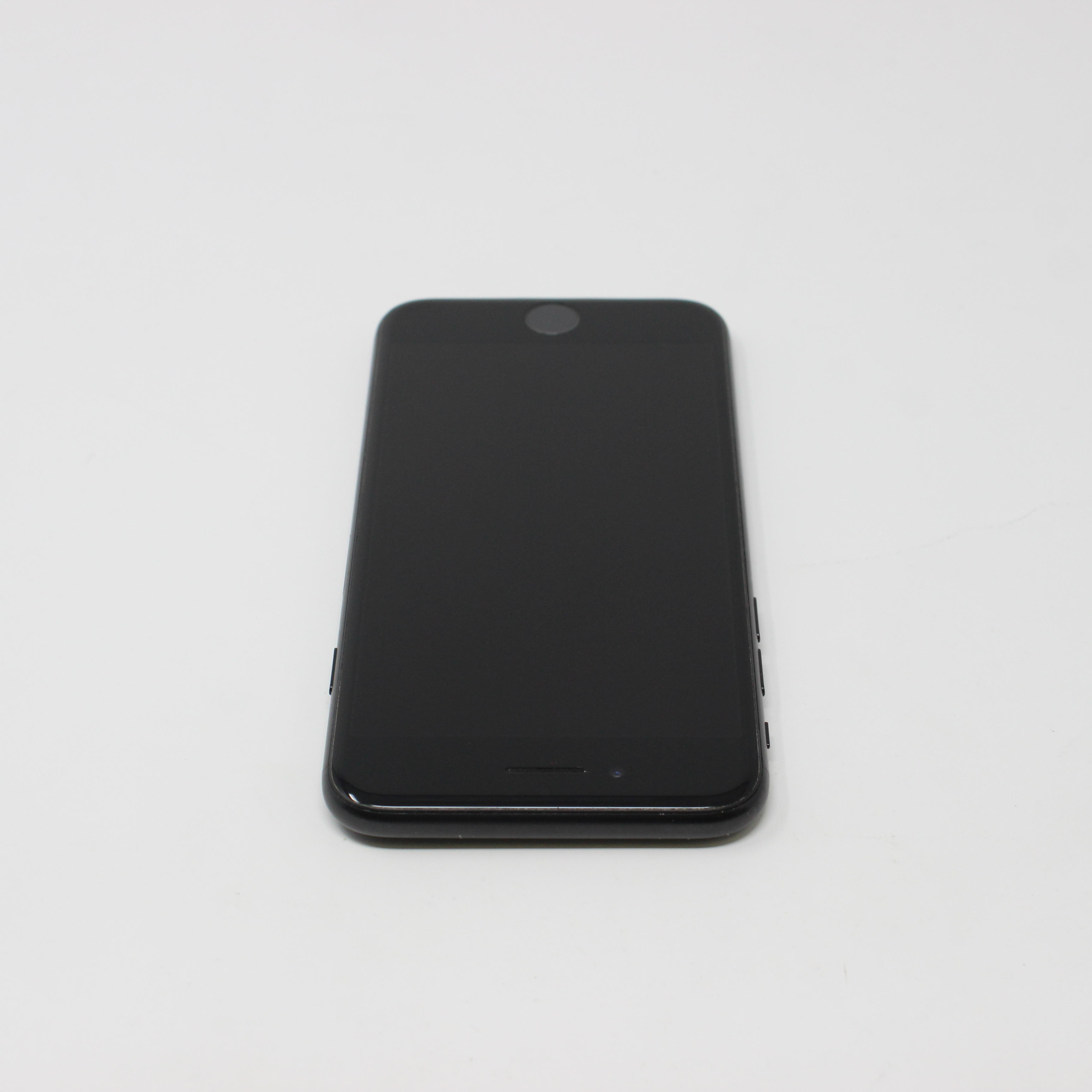 iPhone 7 32GB Black - Unlocked photo 4 | UpTradeit.com