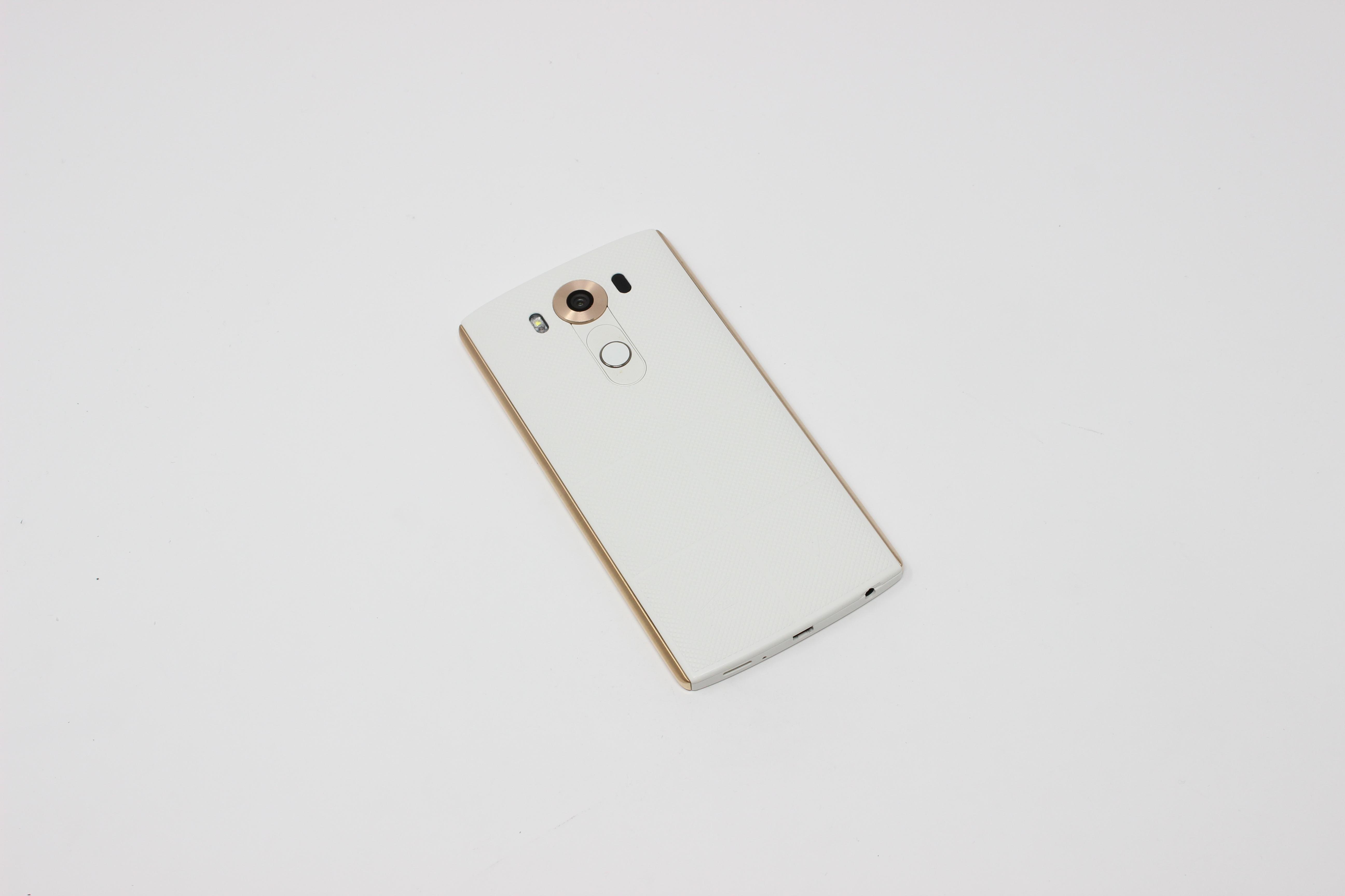 LG V10 32GB Luxe White - AT&T photo 3 | UpTradeit.com
